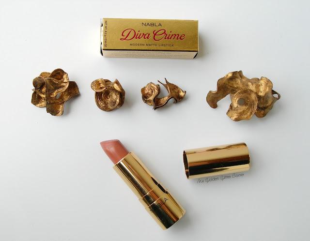 Nabla-rossetto Diva Crime-bye bye birdie-gold-lipstick-swatch