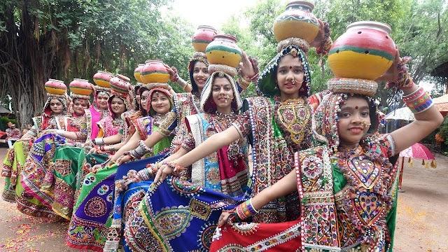 Khelaiya practice Garba ahead of Navratri 2019 in Ahmedabad