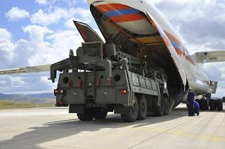 Μπαλαντέρ οι S-400 στο «παιχνίδι» του Ερντογάν με ΗΠΑ - Ρωσία