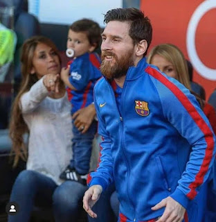 Adorable 😍 #Messi.
