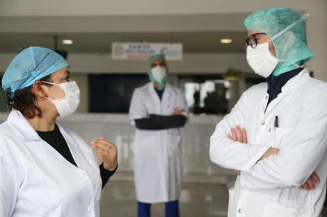"""""""أطبّاء العمومي"""" يُفرغون المستشفيات ويهدّدون باستقالات جماعية"""