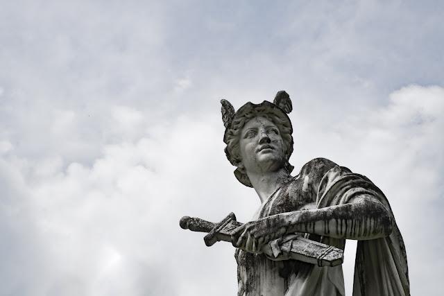 Hermesfigur, Hermesvilla Wien © Chris Zintzen @ panAm productions 2020