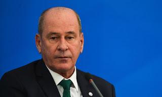 """""""Azevedo e Silva se negou a decretar Estado de Sítio"""" diz Kotscho"""