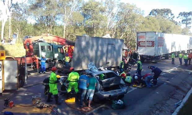 Acidente na BR 116 em Mafra, trevo BR 280 Canoinhas deixa feridos