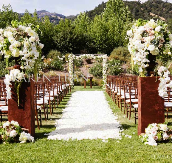 BY DIVA QUEEN: Wedding Decor: Outdoor