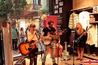 The Clods Band en la tienda Quicksilver de Madrid