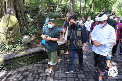 Mentri BUMN mengunjungi Monkey forest Ubud