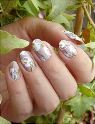 flowers nails