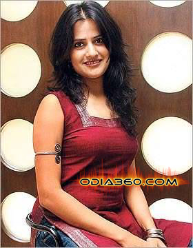 Sona Mohapatra Hot Sexy Images Photos Wallpaper