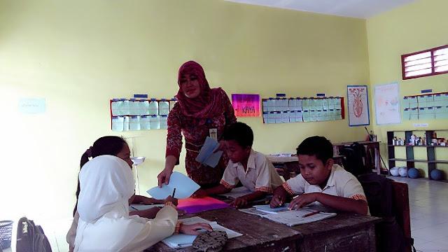 Pemilihan Guru Dikdas Berdedikasi