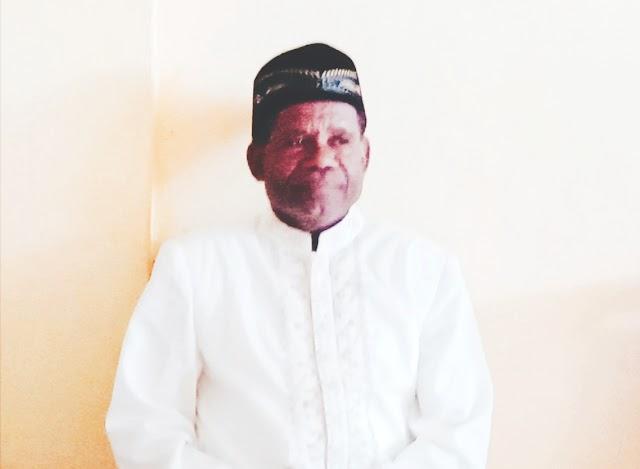 Seorang Tokoh dari  Wilayah Kokoda dalam Menitir karirnya sebagai Seorang pengajar GURU