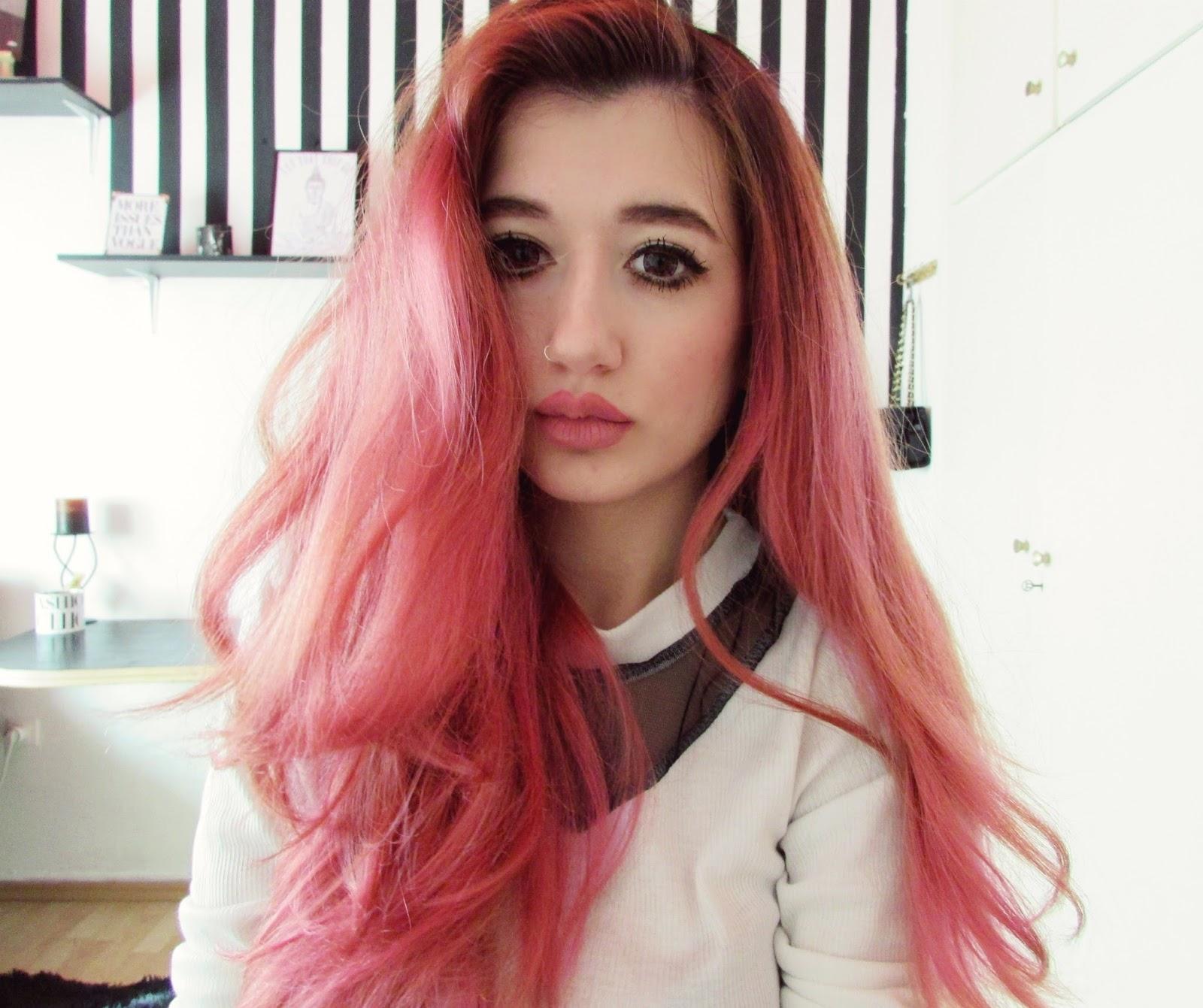 FROM DARK BLONDE TO PINK HAIR | YOUTUBE VIDEO - Venetia Kamara
