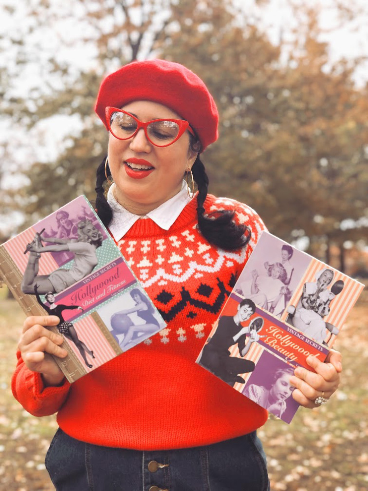 A Vintage Nerd, Vintage Blog, Vintage Blogger, New York Blogger, Retro Holiday Gift Guide, Vintage Holiday Gift Guide, JCrew Style, Retro Fashion Inspiration, Sixties Beret, Modcloth Jean Skirt, Plus Size Retro Fashion, Retro Winter Fashion, Sixties Fashion Inspiration, Retro Lifestyle, Fashion with Disability, CMT Fashion, Leg Braces, Disabled Fashion, Fair Isle Red Sweater