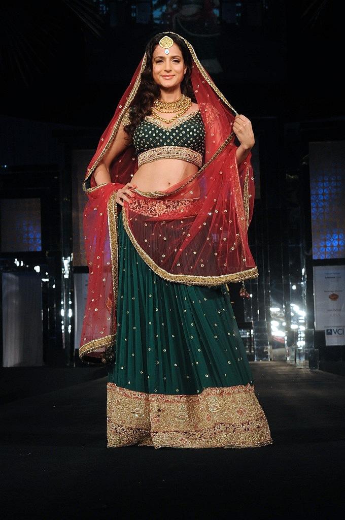 Amisha patel in bridal look