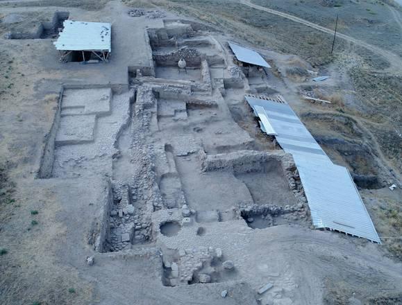 New finds at the Hellenistic temple of Kınık Höyük, Niğde, Turkey