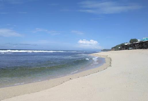 Pantai Sepanjang, Wisata Bernuansa Kuta Tempoe Dulu