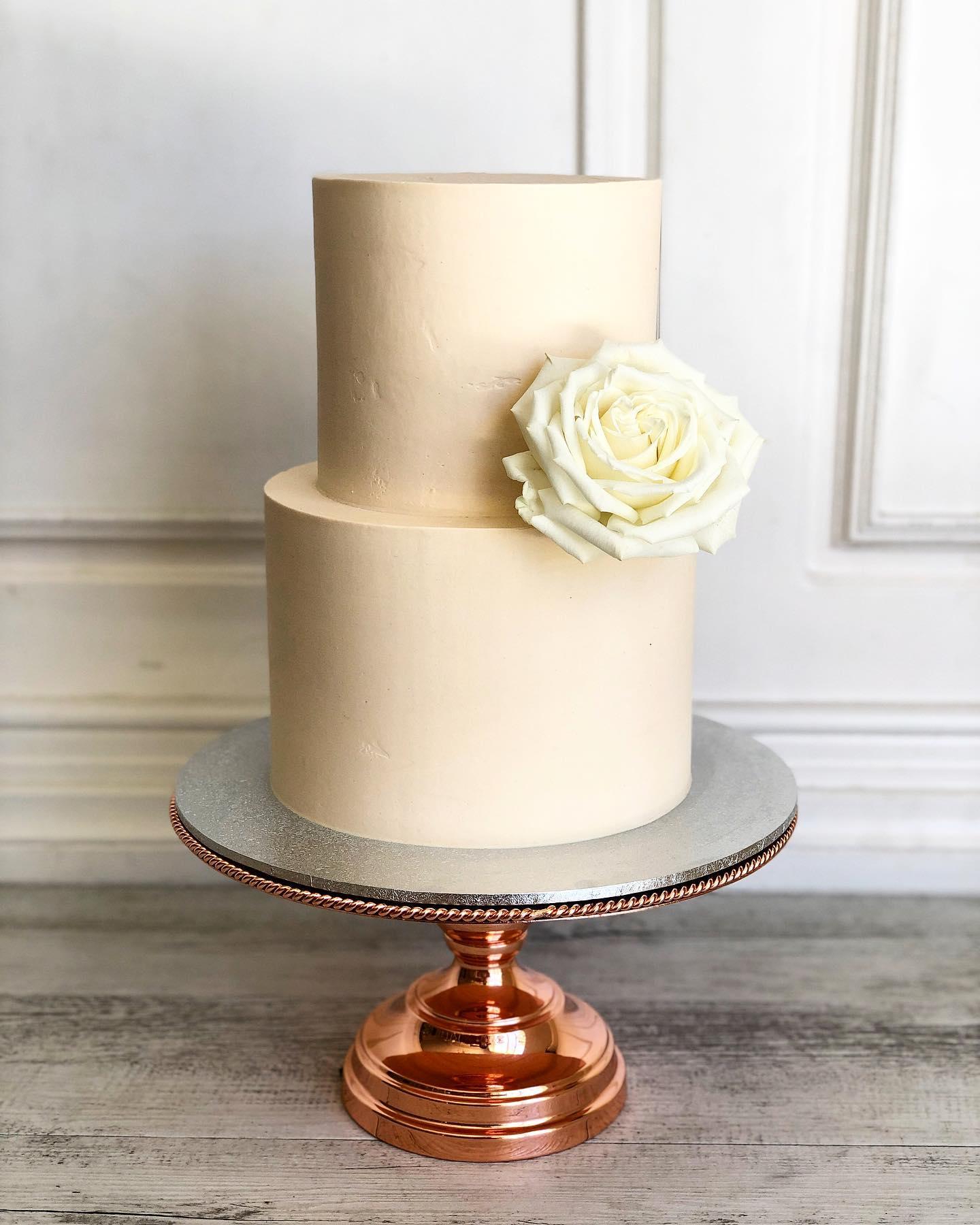 60 GORGEOUS WEDDING CAKES + FLAVOUR IDEAS AUSTRALIA