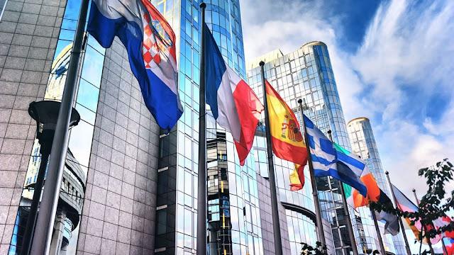 Πώς ο κορωναϊός απειλεί μια γεωπολιτική Ευρώπη
