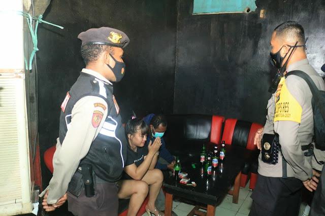 Gelar Razia, 1 Bar dan 16 Warga Terjaring Satgas Covid-19 Kota Jayapura