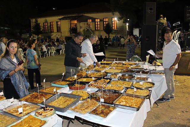 Γιάννενα: 60 Ηπειρώτικες Πίτες Στον 18ο Διαγωνισμό  στον Κοσμηρά...Αγαλλίασαν Οι Ουρανίσκοι ...Δυσκολεύτηκαν Οι Κριτές!