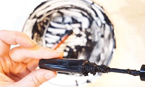 Cómo hacer rímel negro casero paso a paso