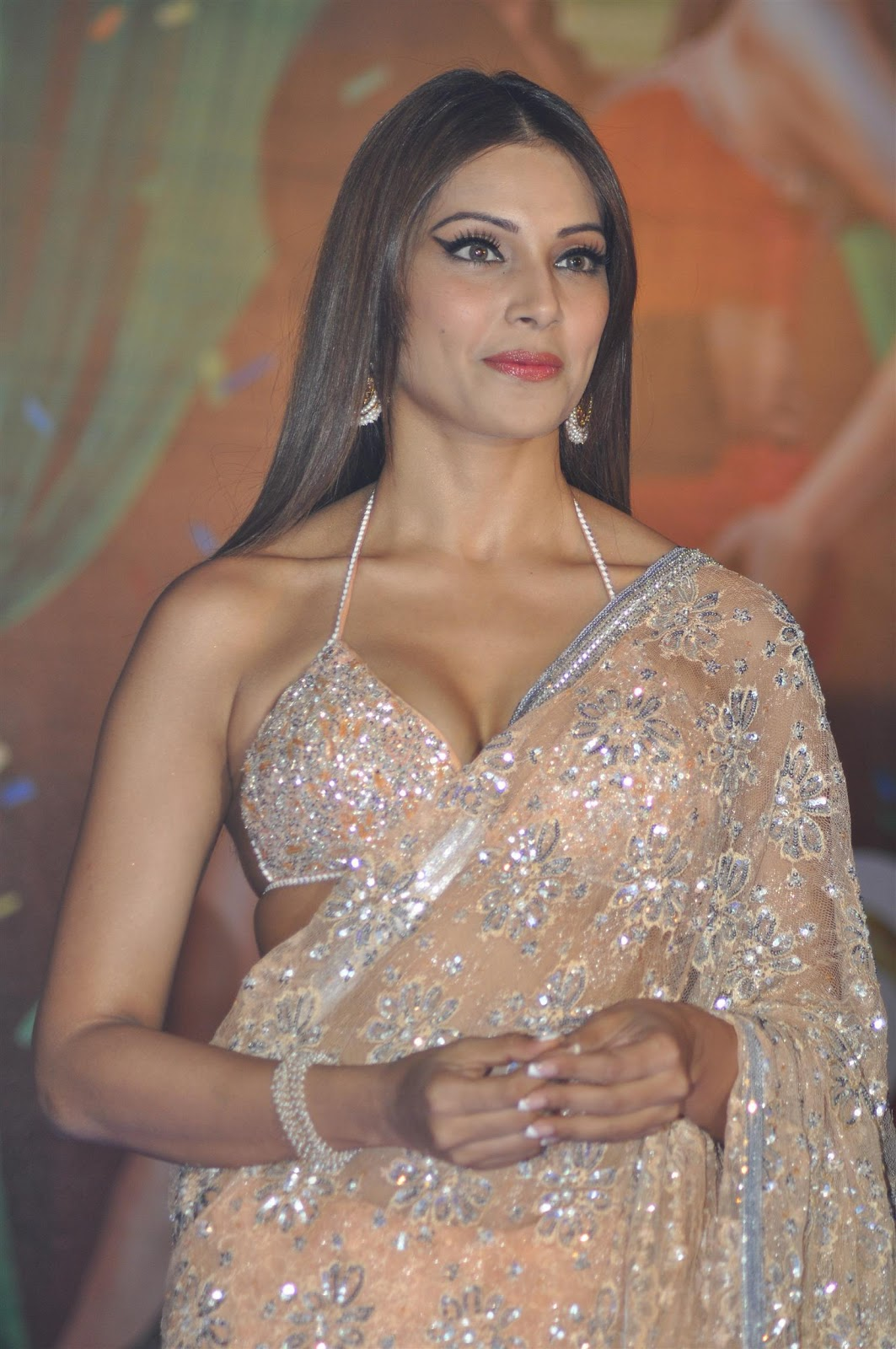 High Quality Bollywood Celebrity Pictures Bipasha Basu -7873