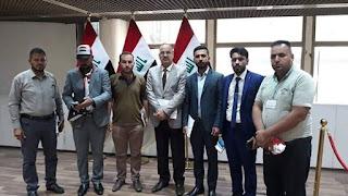 النائب طعمة اللهيبي يستقبل ممثلي محاضري العراق ويستلم مطالبهم داخل مبنى البرلمان