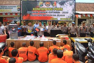 Jumpa pers hasil operasi jaran gatarin 2020 di Polres Mataram