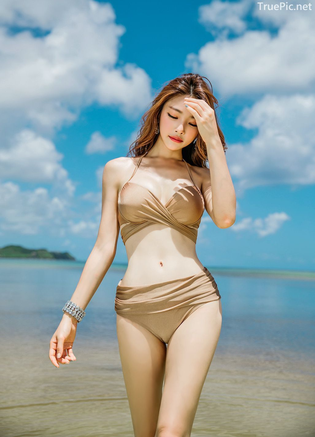 Park Jeong Yoon - Geullaemrouge Gold Bikini - Korean model and fashion - Picture 10