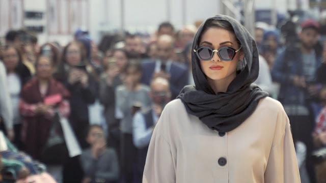 Ternyata Banyak Perempuan Eropa yang Mulai Menyukai Busana Syari
