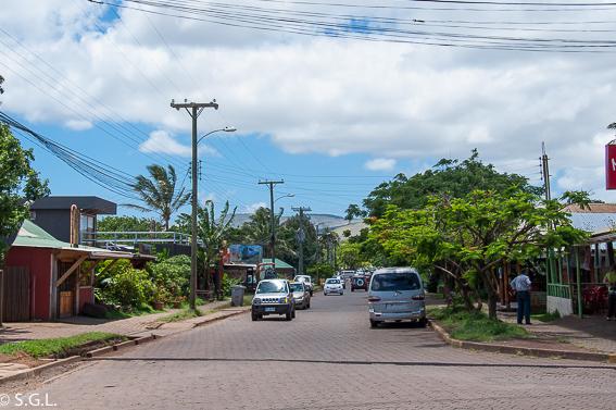 Calles de Hanga Roa en Isla de Pascua. Que ver en tres dias