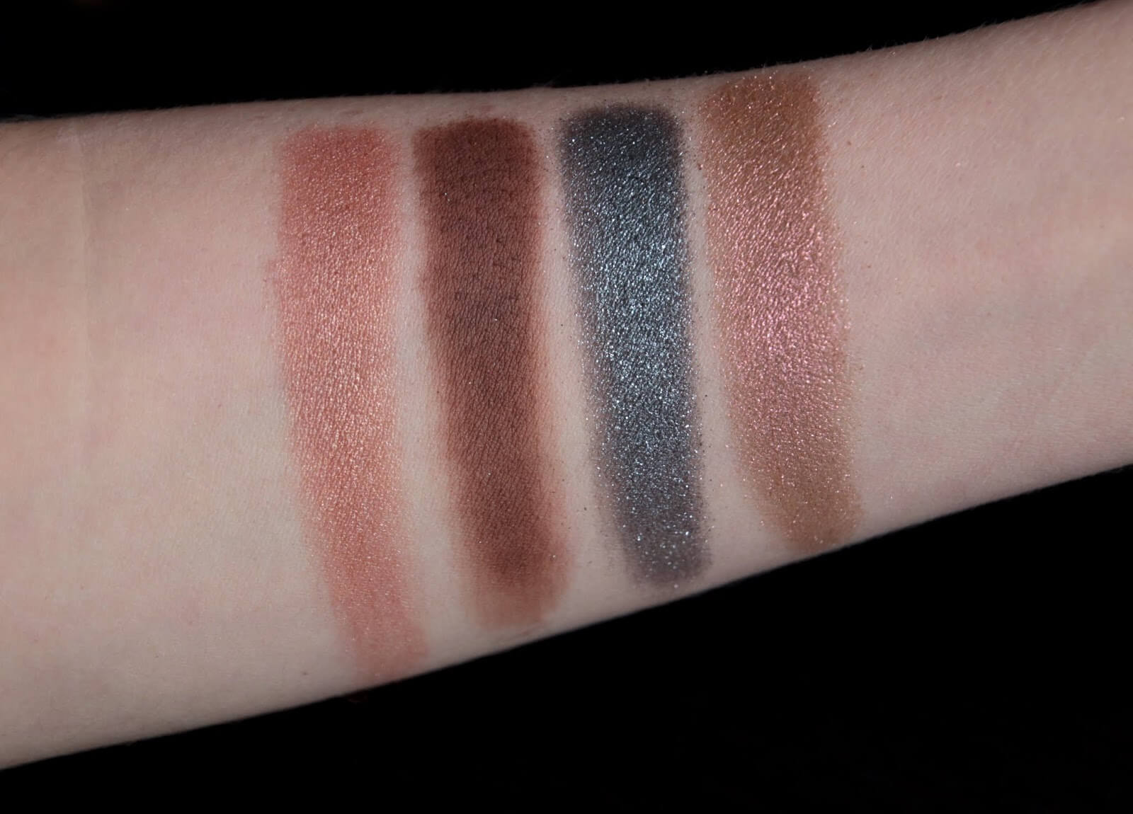 Chantecaille Palette Hummingbird Warm Swatch