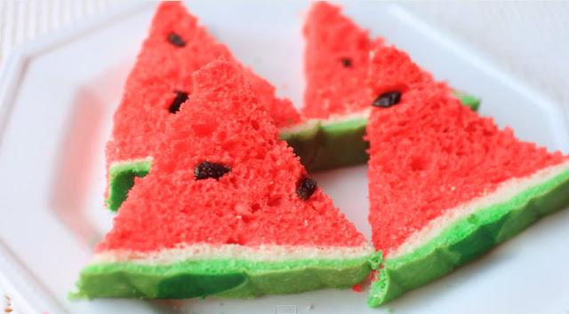 Bánh mì hình miếng dưa hấu