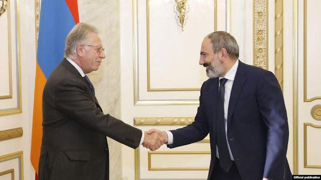 Pashinyan exige respuestas a la Comisión de Venecia