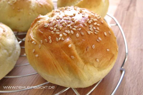 Brioche Burger Buns – Perfekte Hamburgerbrötchen | Foodblog rehlein backt