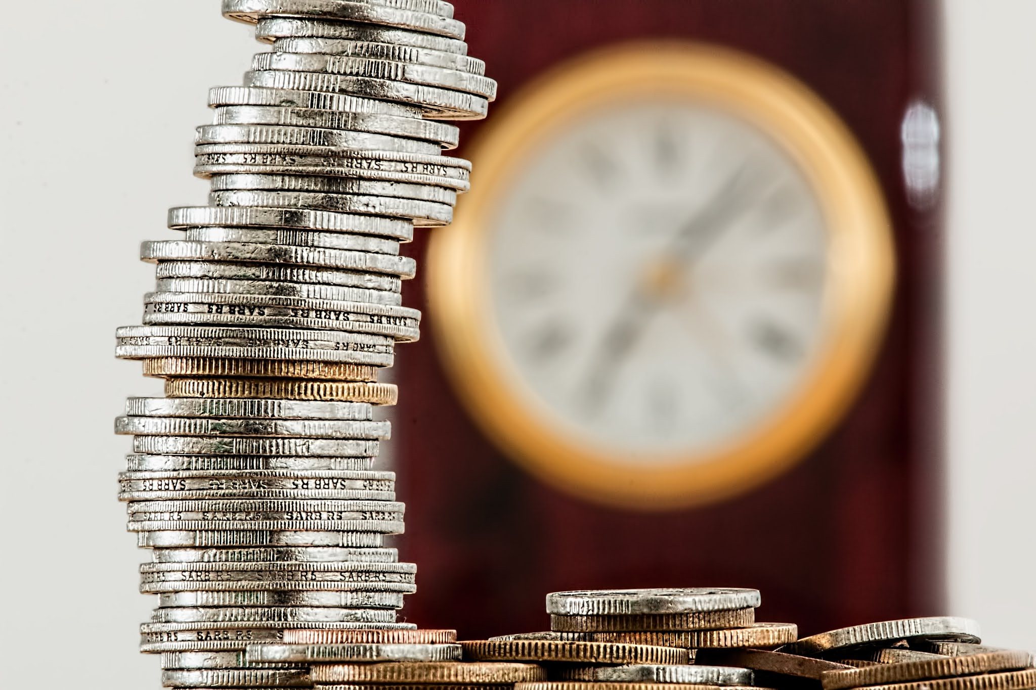 UNDERSTAND POWER OF COMPOUNDING