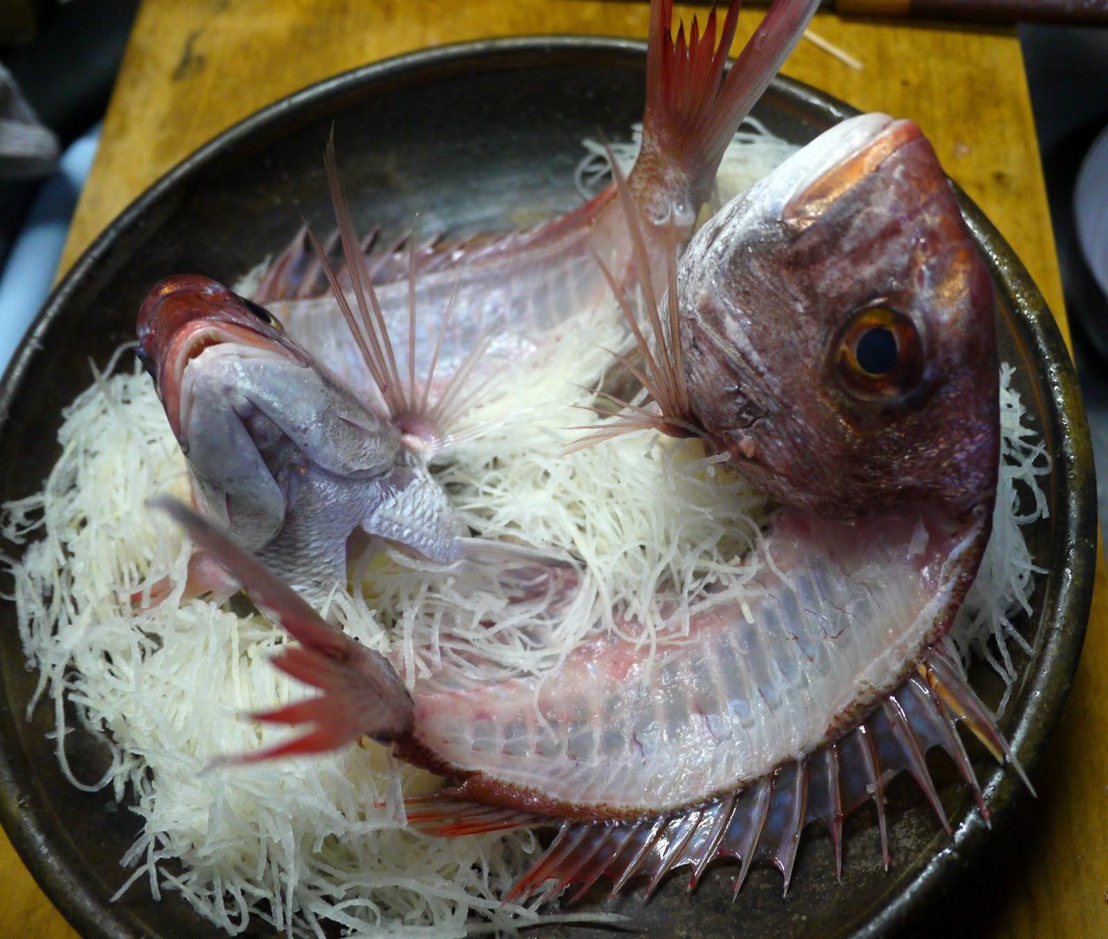 鯛の姿作りの器