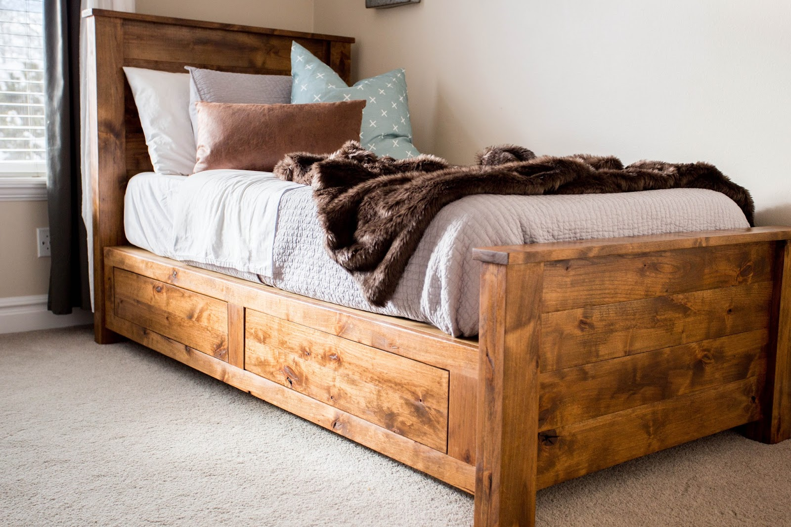 do it yourself divas: DIY Twin Storage Bedframe