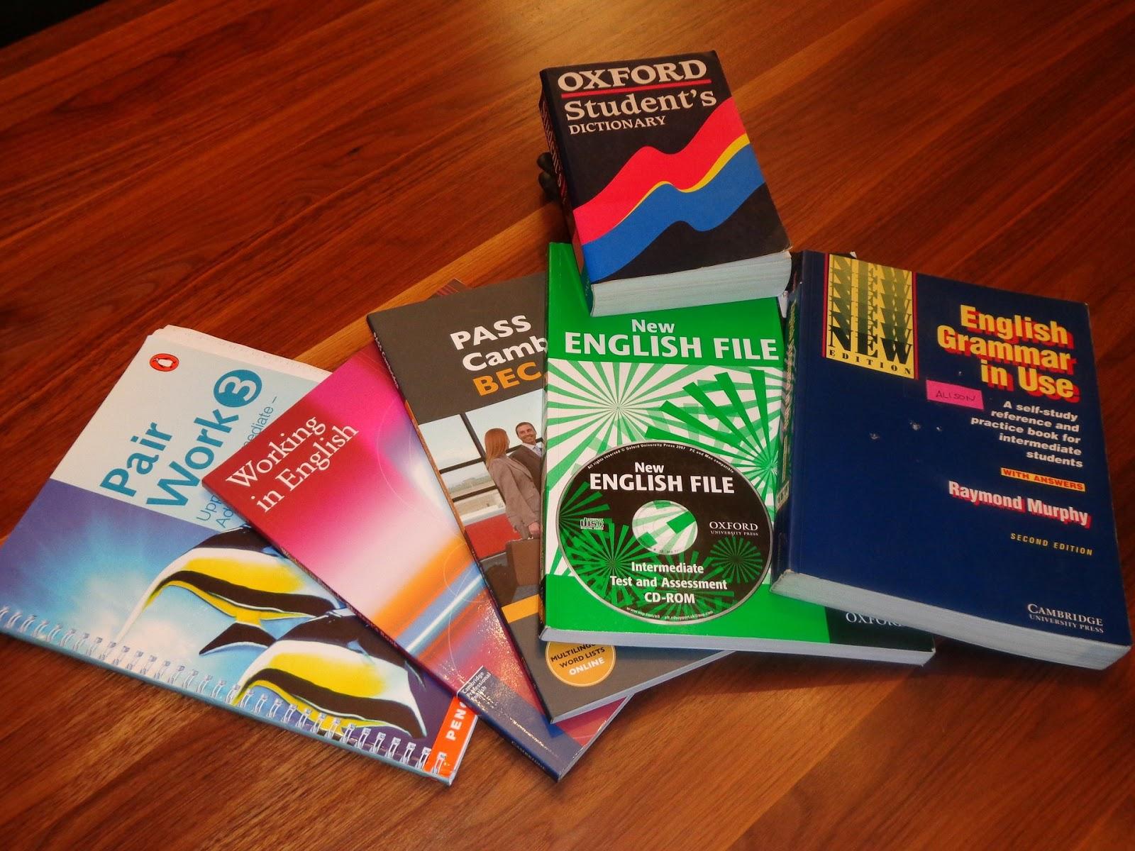 أشمل و افضل ثلاث دورات تعلم اللغة الانجليزية لللمبتدءين