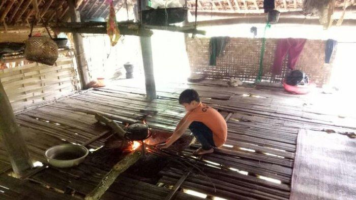 Kisah Sedih Bocah 10 Tahun yang Hidup Sebatangkara di Hutan