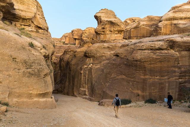 Entrada al Siq de Petra, Jordania