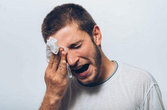 Cara Mengatasi Mata Sembab Karena Kurang Tidur ataupun Sehasbis Menangis