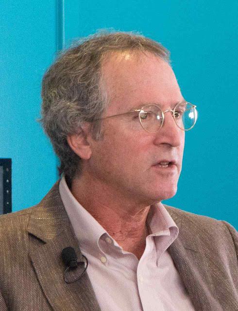 David Arnold Relman, professor de Medicina da Univ de Stanford presidiu a investiga¡ão
