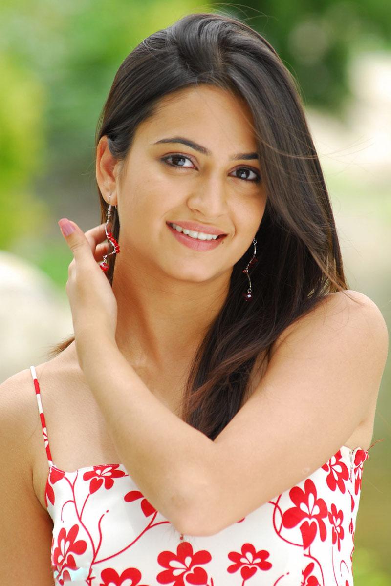Punjabi Beautiful Girl Pic