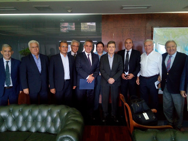 Συνάντηση με Χρυσοχοΐδη είχε αντιπροσωπεία της Κεντρικής Ένωσης Επιμελητηρίων Ελλάδος