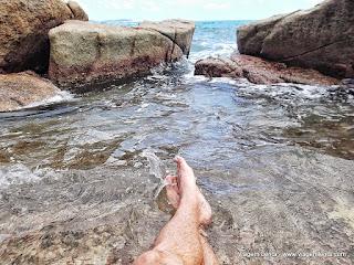 Relato da viagem à ilha (Koh) Samui, no golfo ao sul da Tailândia, próximo à praia de Chaweng. Sol, lindas praias e paisagens.