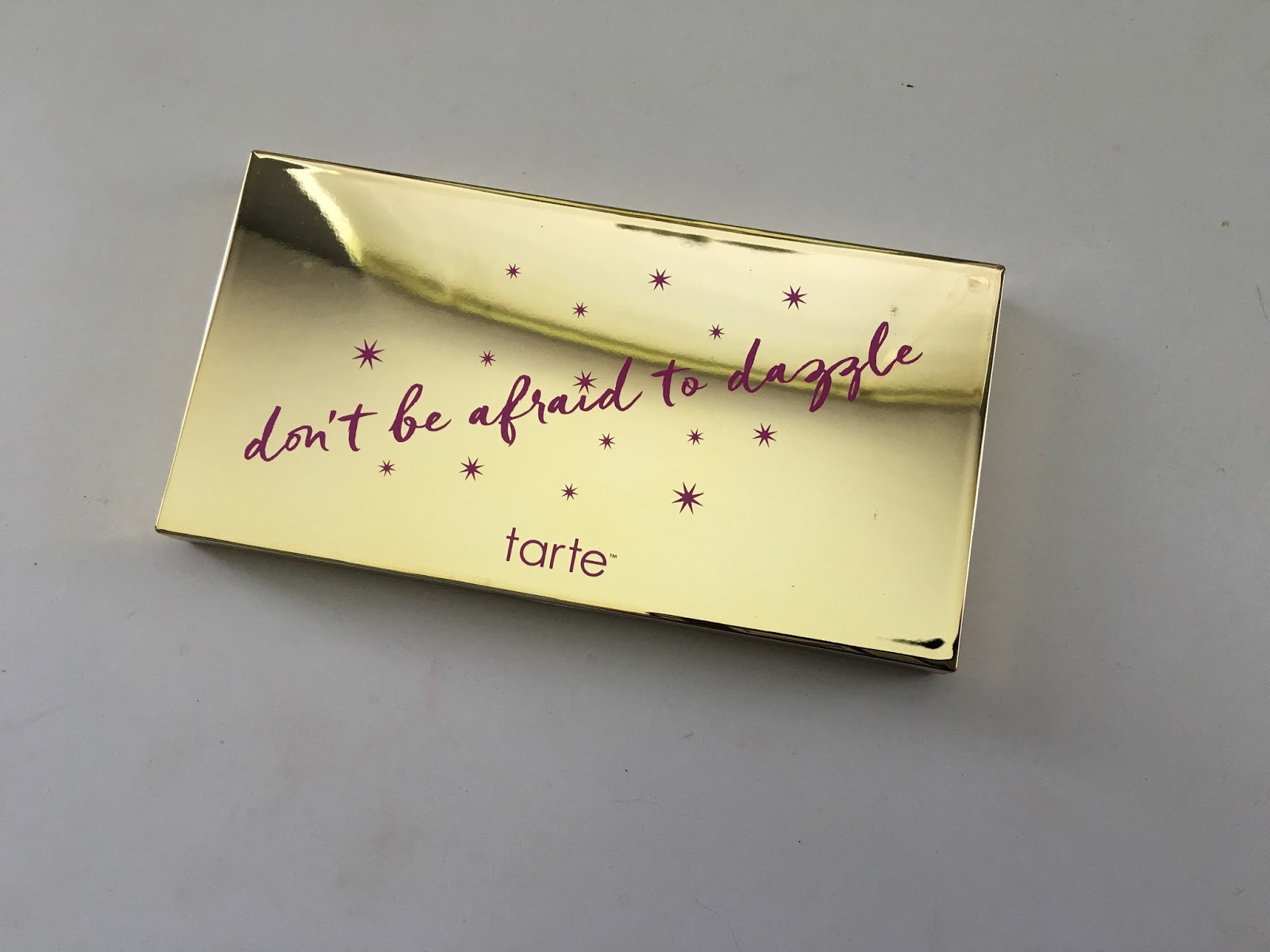 Don't Be Afraid To Dazzle Contour & Highlight Palette by Tarte #18