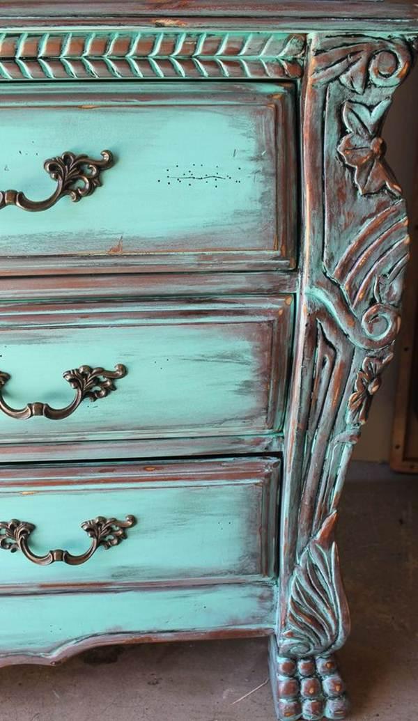 5 Ideas for Restoring Old Furniture 1