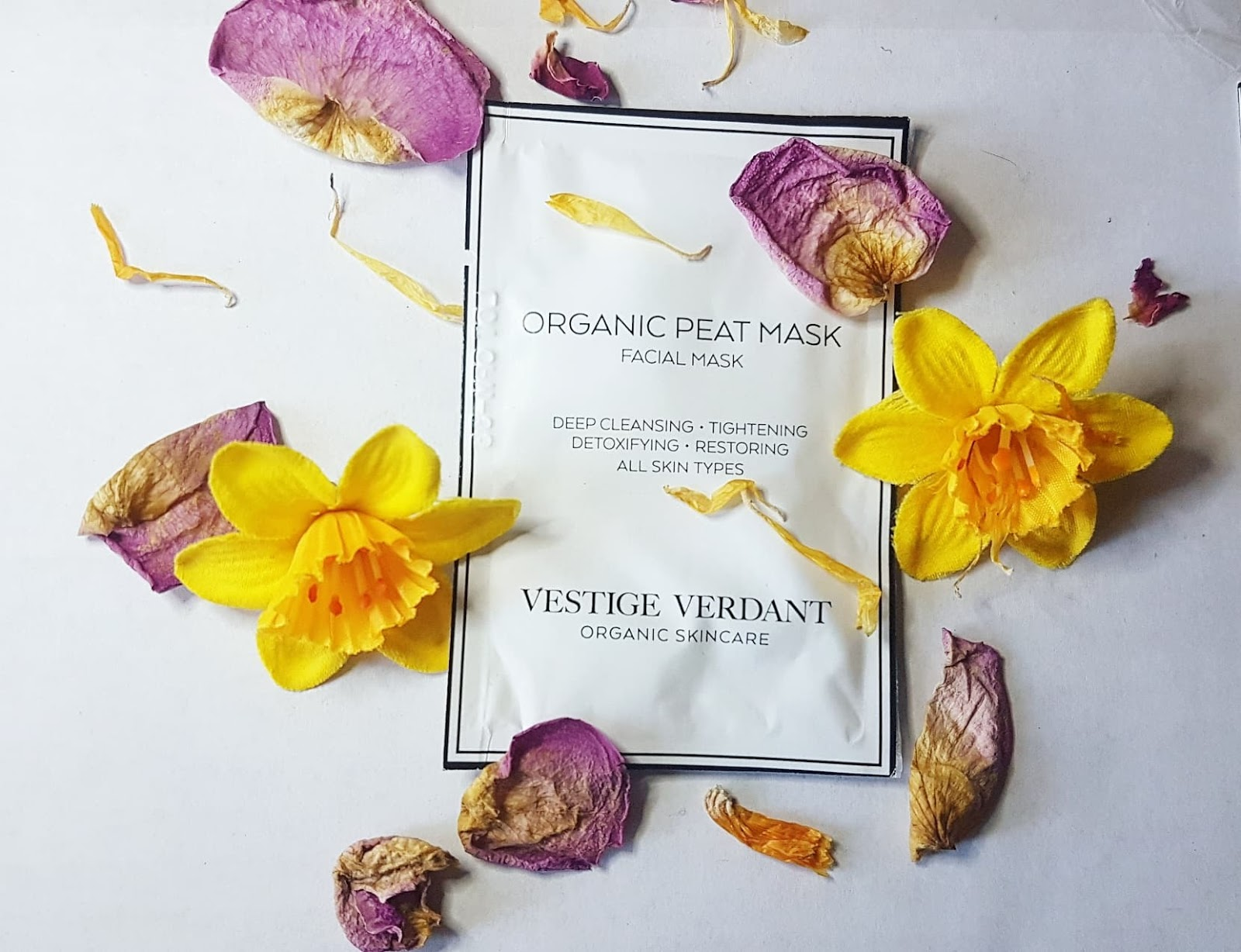 Vestige Verdant Organic Peat Mask Review - Love Lula Beauty Box