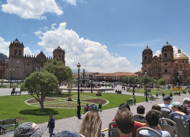 Ônibus com vista Panorâmica em Cusco